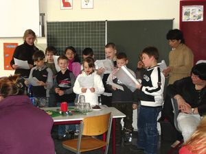 Adventsfeier_der_Klasse_1-3